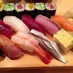 まる伊 - 寿司1.5人前