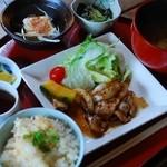 デイ バイ デイ Ⅱ - ランチ(豚の生姜焼き)