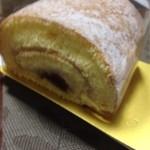 21168168 - 栗のロールケーキ