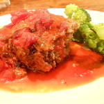 ストーブ - 牛挽肉のダッジオーブン焼き 完熟トマトソースがけ