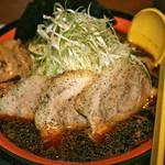 ふたつ矢 - ブラック850円+チャーシュー200円