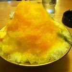 コメダ珈琲店 - マンゴのかき氷