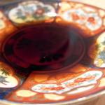 21176421 - 絵柄が印象的な醤油皿