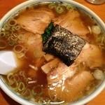 一平食堂 - スープがなみなみ