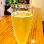 BAR Z1 - シャンパン