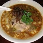 へのへのもてじ - ピリカラ麺