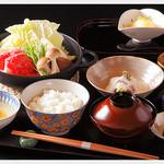 渡風亭 - 料理写真:黒毛和牛すき鍋ランチ 2,500円