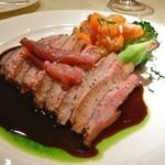 ル・ジャルダン・デ・サヴール - シャラン産鴨胸肉のロースト、はちみつ風味赤ワインソース