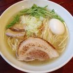 らーめんダイニング 庵 - 味玉らーめん(塩)2013年9月