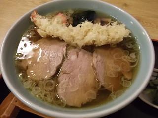 そばつる - えび天らーめん(800円)