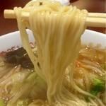 元祖十八番 - サンマーメンの麺はこんな感じです。