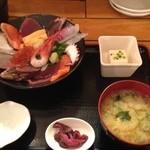 21197629 - 海鮮丼ランチ