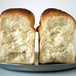 21198792 - 食パン断面SHOW