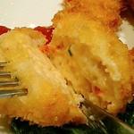 洋食 おかもと - カニコロッケ