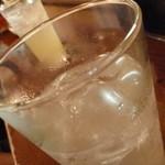 スタンディング・バー よりみちや - レモンサワー