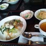 グレイピア - 料理写真:日替わりランチ600円