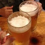 つず久 - ビールで乾杯
