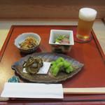 さかもと - 料理写真:枝豆、ゴーヤチップス、切り干し大根、子持ちヤリイカと胡瓜の酢の物