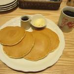 オリジナルパンケーキハウス - バターミルクパンケーキと珈琲
