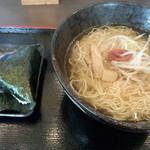 味美 - 旨塩ラーメン(おにぎり付き)550円 (2013.09.07)