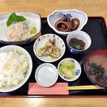 港食堂 - イカの一本造り定食(大盛)