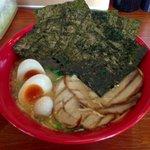 だるま家 - 特製らーめん ¥870 麺大盛 ¥100