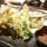 21221443 - 秋のきのこの天ぷら