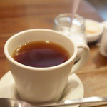 パティスリー ラ グリシーヌ - 紅茶(300円)。クッキーがついてます♪