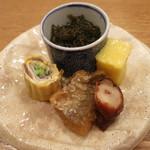 キ星 - 料理写真:もずく、とうもろこしの卵入りかんてん、たこの桜煮、かますの三杯酢、他。