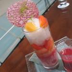 ザ・ダイニング ルーム - パティシエ特製 かき氷 桃