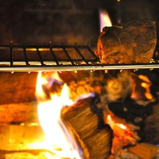 allaBrace/おすすめの暖炉の薪焼き料理