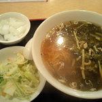大連飯店 - サービスランチ「高菜豚肉麺」 \450