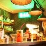 バビーズ - バーカウンターでお酒を楽しむのも◎ 平日16時~19時 ハッピーアワードリンク390円!