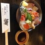 21239027 - 海鮮丼 上 ¥2,100
