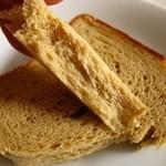 フードコントロールショップ ゼロ - 糖質90%OFFの「ふすまパン」=ヌッカパンの食パン。