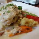 ビストロ ダイア - これも懐かしい鶏のクリーム煮