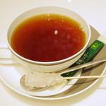 ロカンダ - 紅茶《Hot》(ドリンクセットでオーダー、単品では\651、2013年8月)