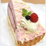 スミィーツカフェ - 料理写真:木苺とホワイトチョコ