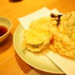 ゆんたく - 天ぷら盛り合わせ