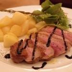 ゴウ スタンド - Sep, 2103 フランス産鴨胸肉のロースト ~香草バルサミコソース~ 1580yen