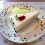 レストラン ツジタ - チーズケーキ