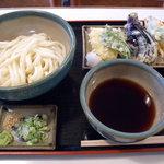 2125079 - 野菜天ぷら付うどん(600円)_2009-08-23