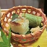21251841 - 先付け:鯖寿司