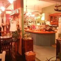 ブルートズ・カフェ - オープンカウンター
