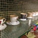 チーズケーキ CAFE MAGY - いろんな種類のカップたち!皆様のお気に入りはありますか??