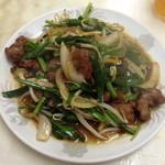 中華料理 新三陽 - レバニラ炒め(700円)2013年9月
