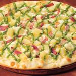 シェーキーズ - 『ほくほくポテトのバジルソースピザ』9月の限定メニューです。