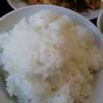 安東閣 - ご飯は、ふっくらとしていた♪