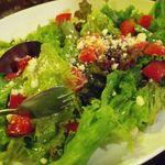 ザ・ローズ&クラウン - トマトとバジルの「サラダカプレーゼ」