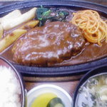 たむら食堂 - ハンバーグ定食(890円)